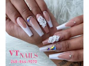 Choose professional nail salon to take care your nails in Shelby Township